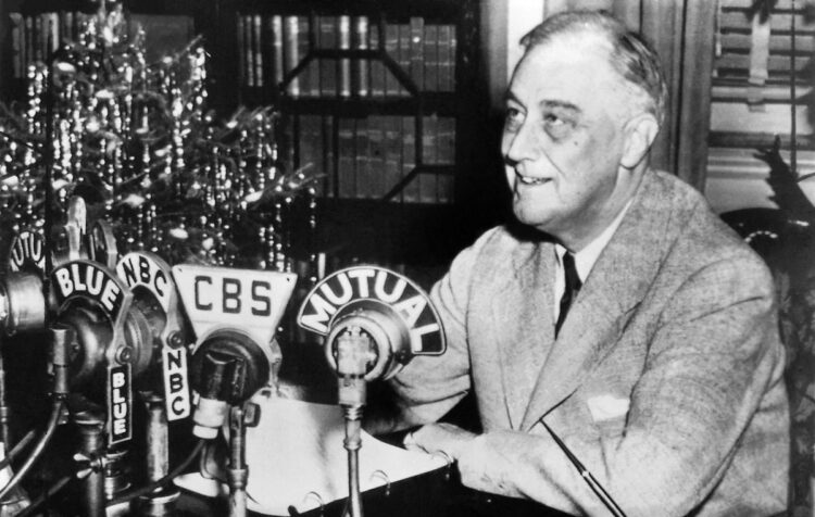 Franklin D Roosevelt Fireside Chat